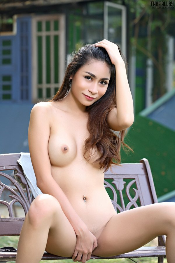 IAN4U – Sophia – video 02 – Masturbation