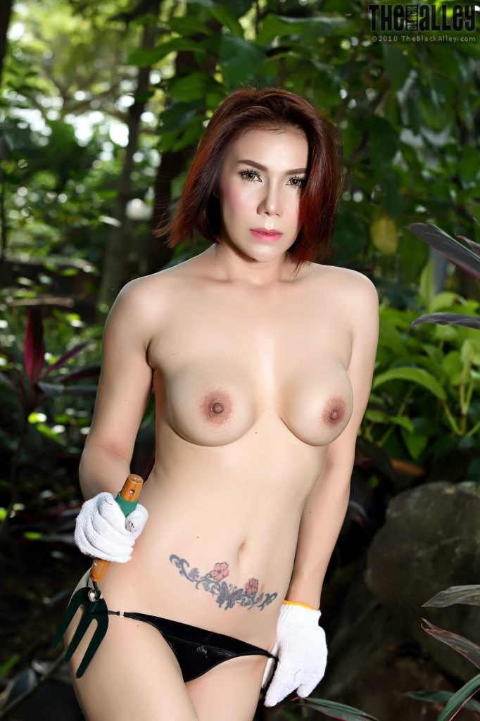 IAN4U – Janya – video 05 – Masturbation