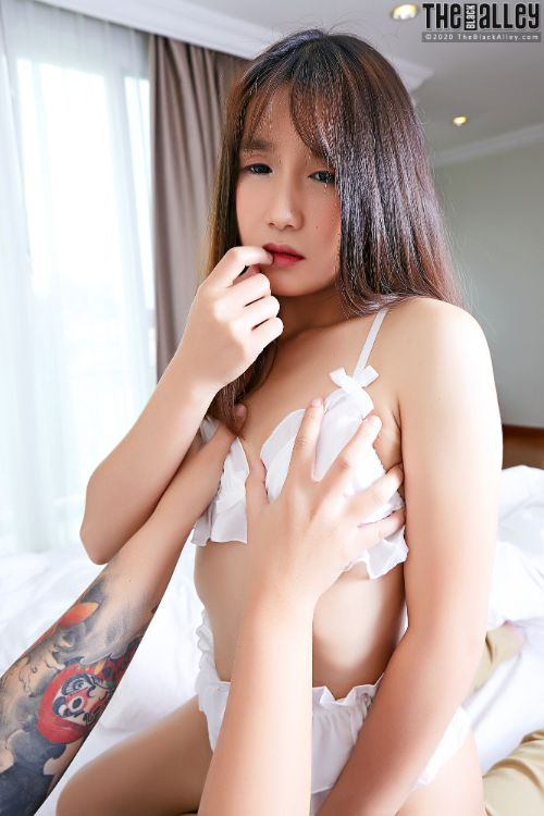 The Black Alley – 20 Aug 28 – Chia Ling # 35